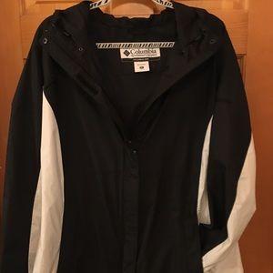 Ladies Columbia Raincoat/Windbreaker